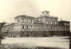 Villa Braglia dopo i lavori fatti eseguire da Giacomo Tosi Bellucci, vista da sud. Anno 1888 o 1891 (foto Archivio Attilio Neri)
